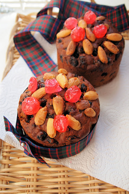 Wee Whisky Doused Hogmanay Dundee Cakes