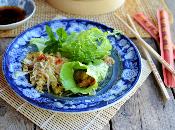 Vietnam-visits-a-French-Country-Kitchen-Crispy-Coconut-Crepes-with-Prawns