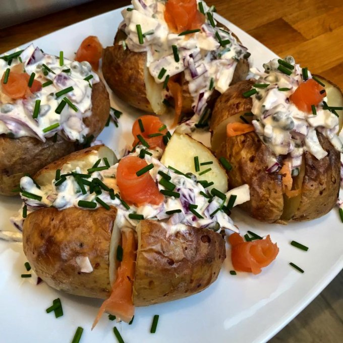Baked Potatoes with Smoked Salmon