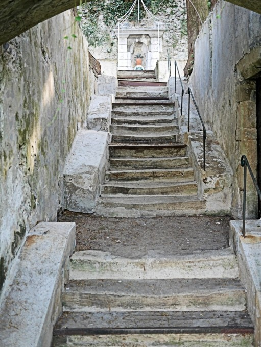 Steps leading to the hanging gardens