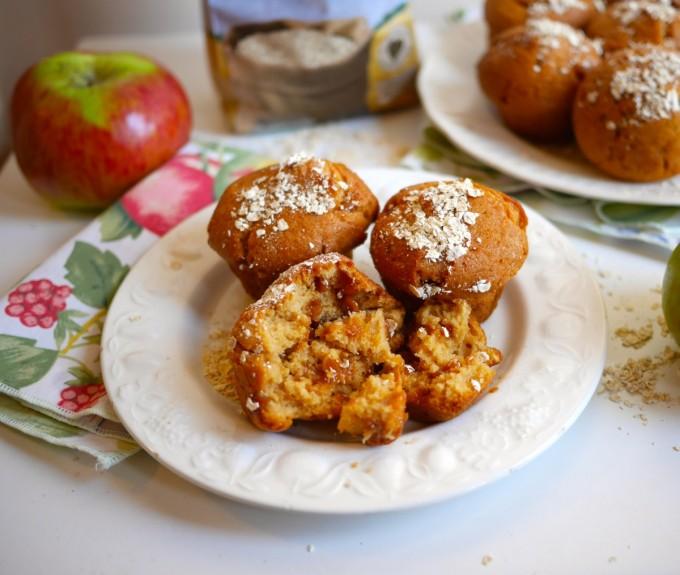 Feeling Fibrant! Apple & Oat Breakfast Muffins