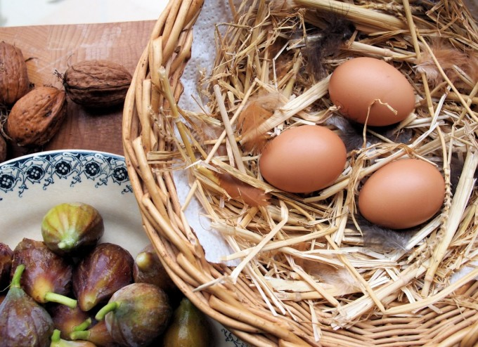 eggs, figs and walnuts