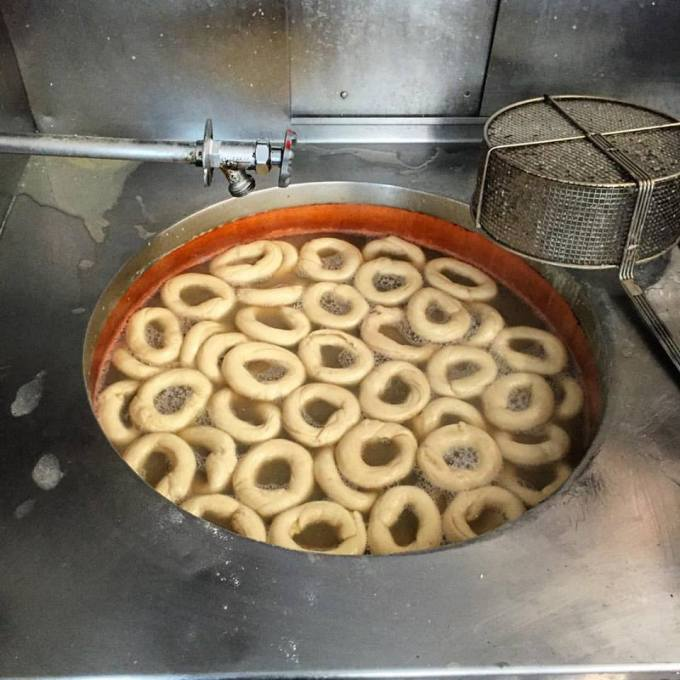 Boiling the bagels