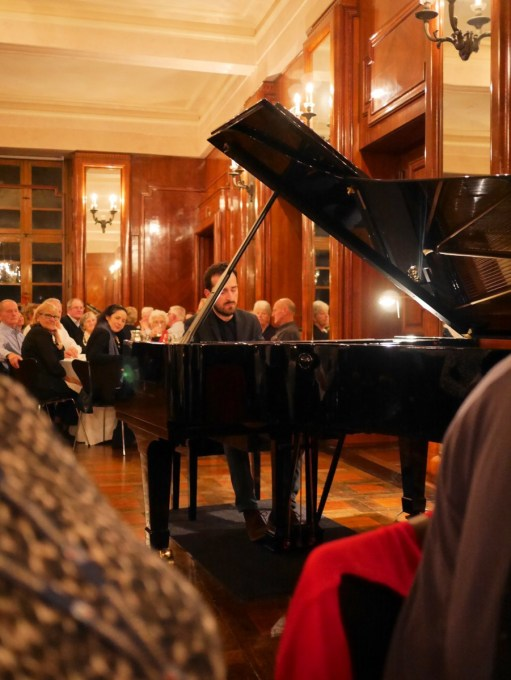 Music whilst dining at Namedy Castle