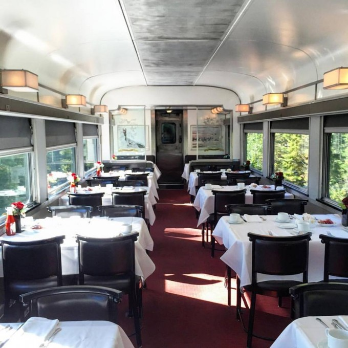 The Canadian Dining Car