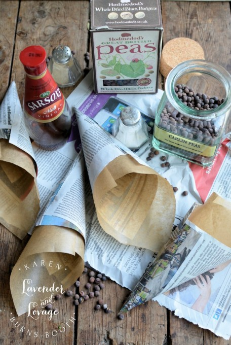 Making paper cones for Carlins