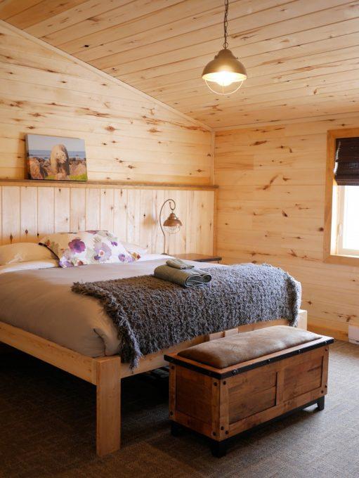 Bedroom at Seal River Lodge