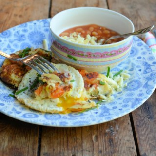 Cheesy Welsh Rarebit Bubble & Squeak Cakes