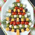 HRISTMAS TREE CHEESE PLATTER (VEGAN)