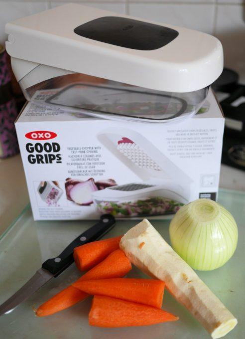 OXO Good Grips Vegetable Chopper