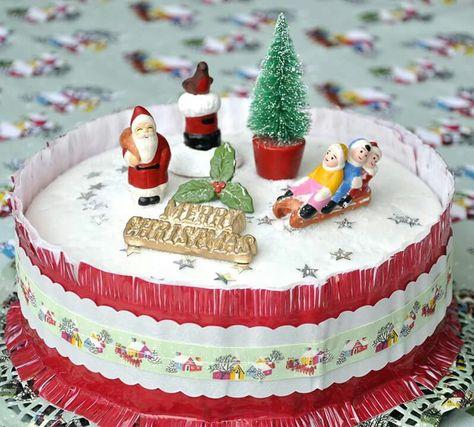 Vintage Christmas Cake