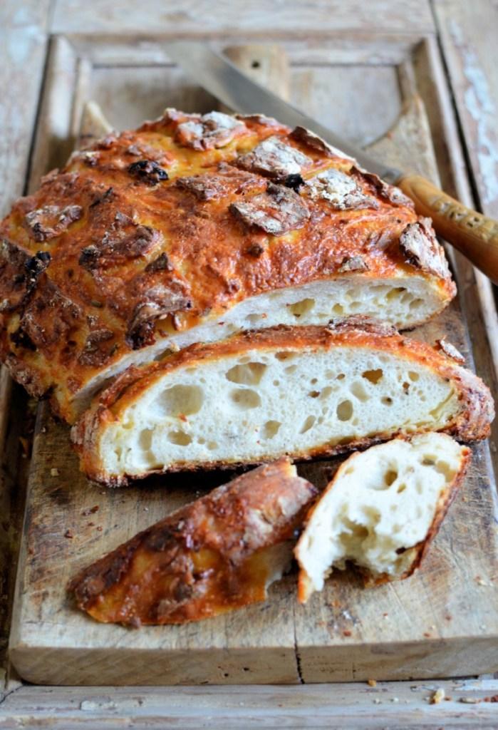 Cheese, Fennel and Sun-Dried Tomato Sourdough