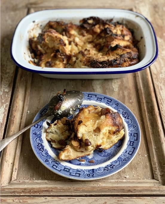 Mincemeat Bread and Butter Pudding - A delectable bread and butter pudding made with mincemeat, flaked almonds and orange zest.