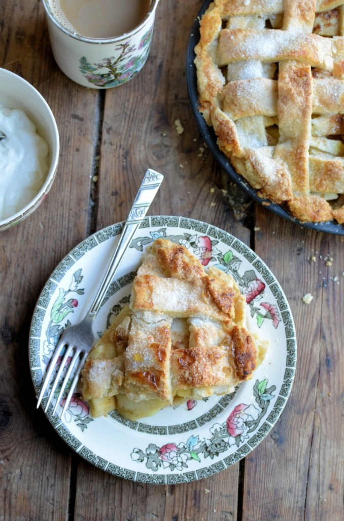 Old-Fashioned Lattice Apple Pie