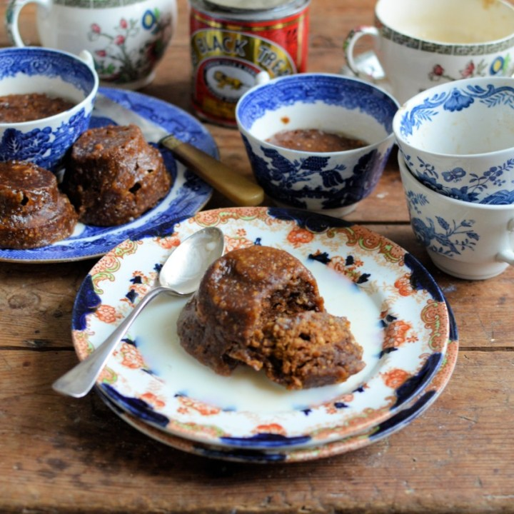 Gingerbread Cup Puddings