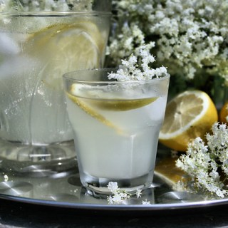 Old-Fashioned English Elderflower Cordial