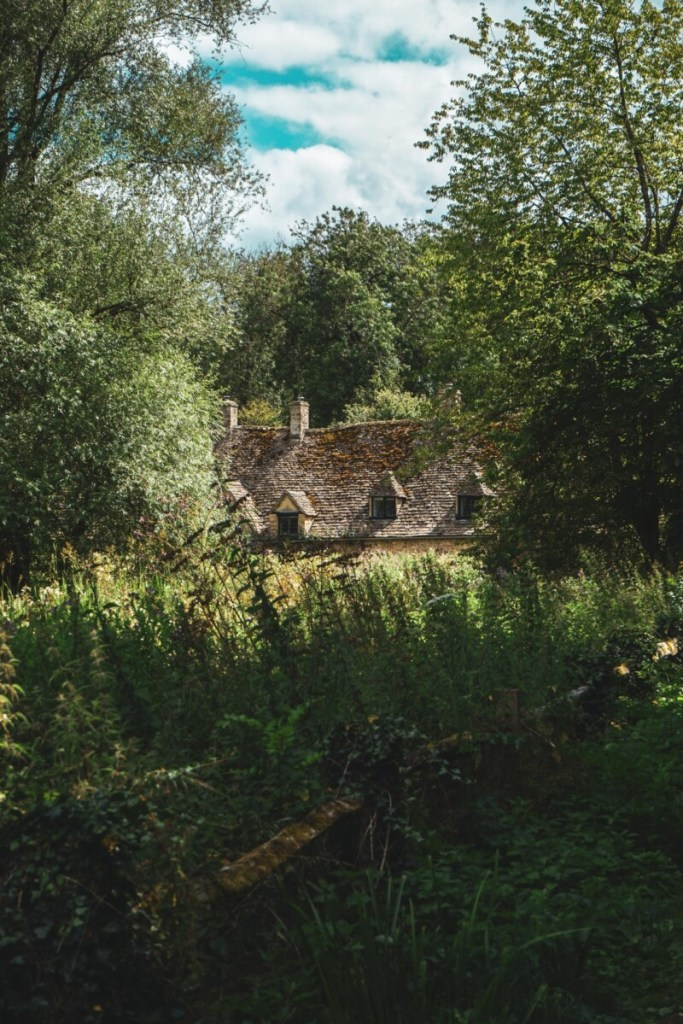 England Cottage in the Country
