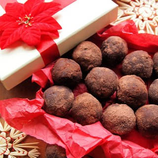Day Twelve on the Advent Calendar, We Should Cocoa and Chocolate Orange Cake Truffles