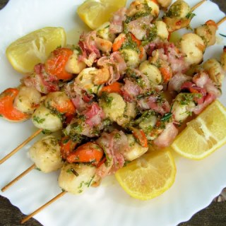 Fish on Friday and a Wet Barbecue Weather Recipe! Herb Marinated BBQ Scallop & Bacon Skewers (Kebabs)