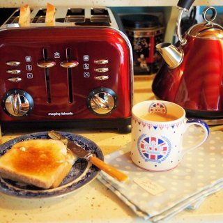 A cup of Tea, Toast & Honey and my Diamond Jubilee Breakfast with Morphy Richards