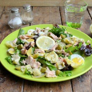 British Egg Week & Egg-Cellent Recipes:  5:2 Diet Egg, Artichoke and Salmon Salad