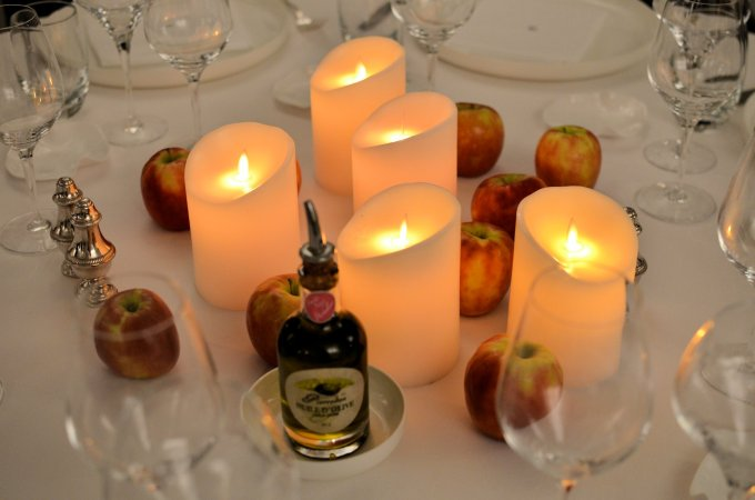 apples and candles