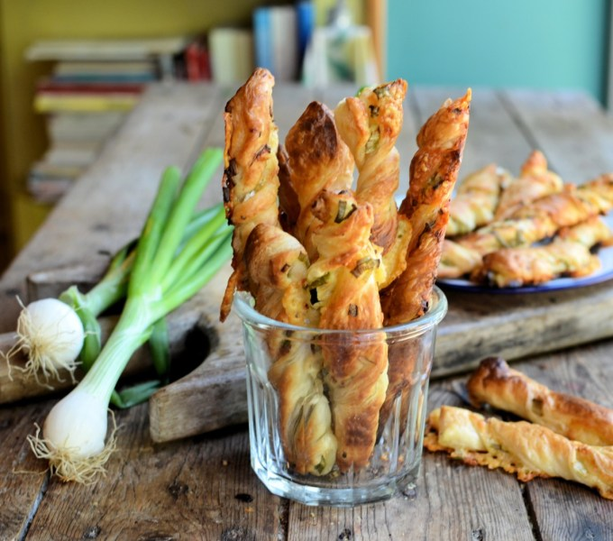 Vintage Smoked Cheese and Onion Straws (