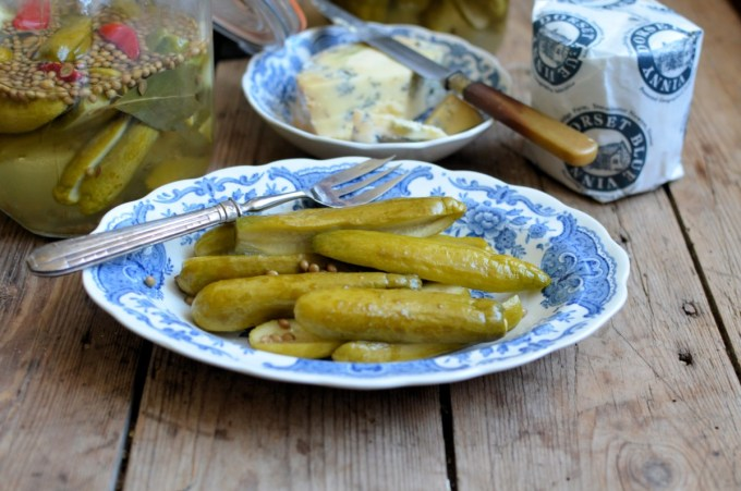Quick Sweet Pickled Cucumbers