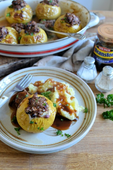 Perk up your Sunday Lunch with these Baked Savoury Apples with Branston, they also make a tasty family supper dish when served with mashed potatoes and gravy.