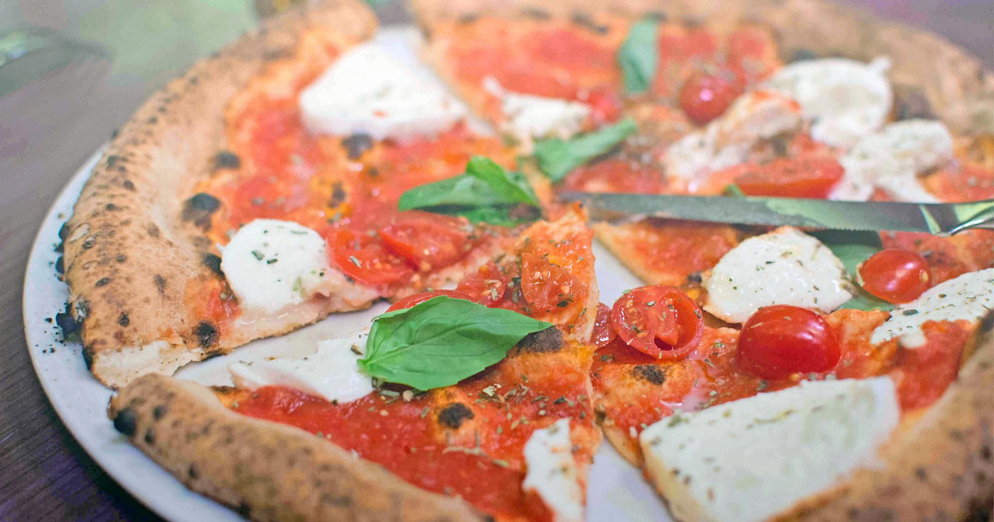 LaVenezia-Schiedam-pizza-slice