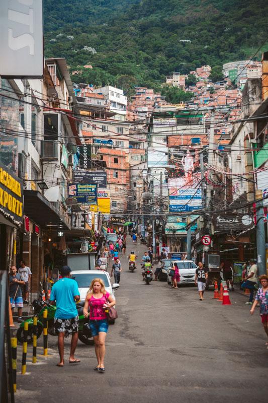 favelas rio de janeiro pericolose