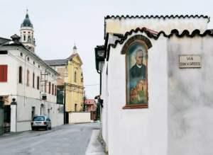 Via dedicata a San Vincenzo Grossi a Vicobellignano