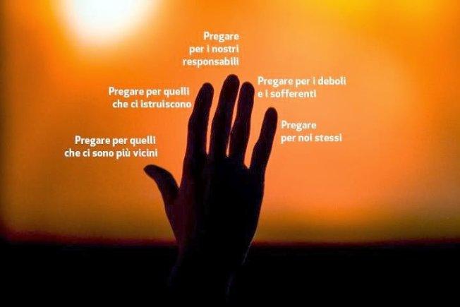 mano-in-preghiera