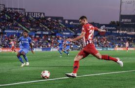 Lucas intenta un centro en el partido frente al Getafe. Foto: Rubén de la Fuente