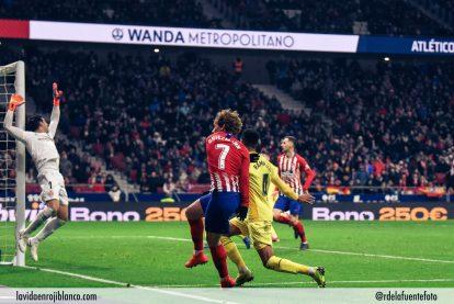 Griezmann hace el tercer gol del Atleti. Foto: Rubén de la Fuente