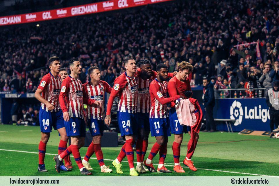 Equipo celebra en la Copa. Foto: Rubén de la Fuente