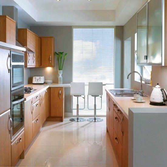 Resultado de imagen para Cocinas pequeñas con muebles enfrentados