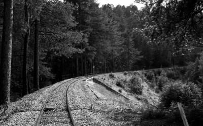 """Par là : """"Le p'tit train s'en va dans la montagne""""…"""