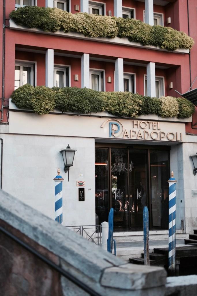 Ingresso Hotel Papadopoli di Venezia