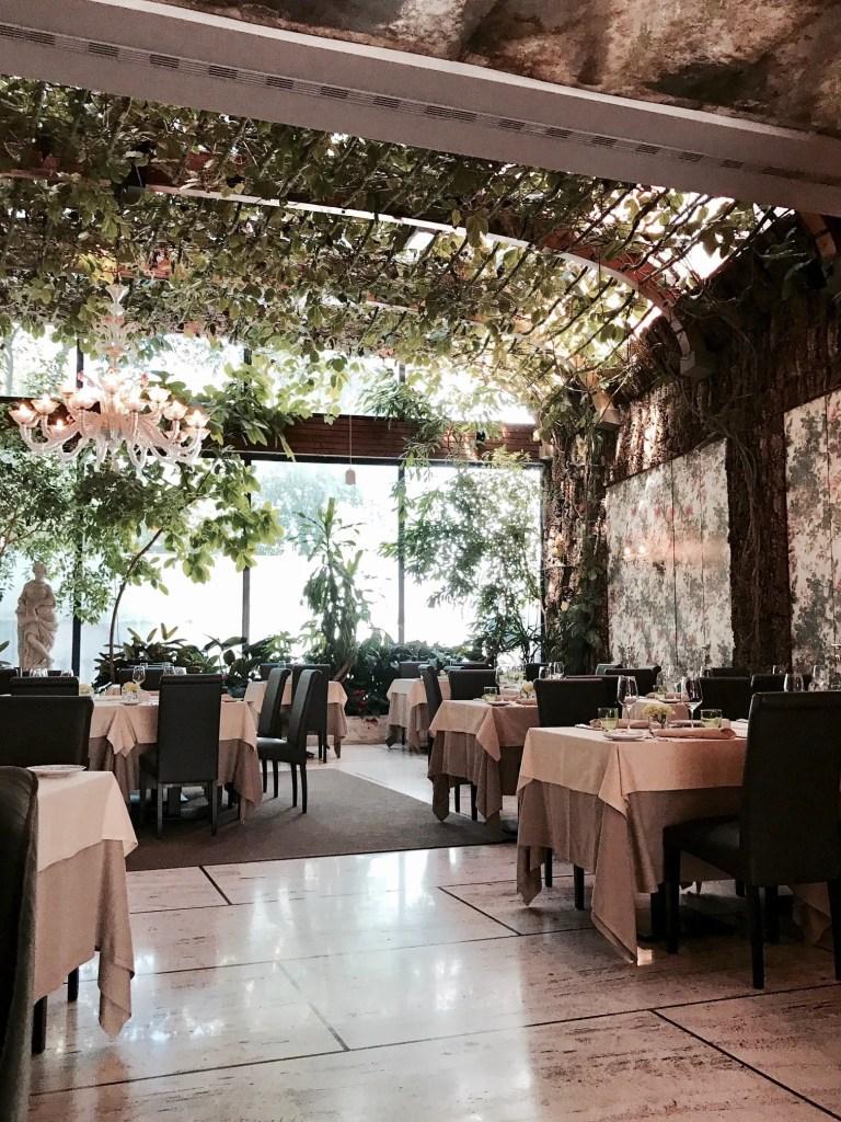 Interno ristorante Papadopoli di Venezia