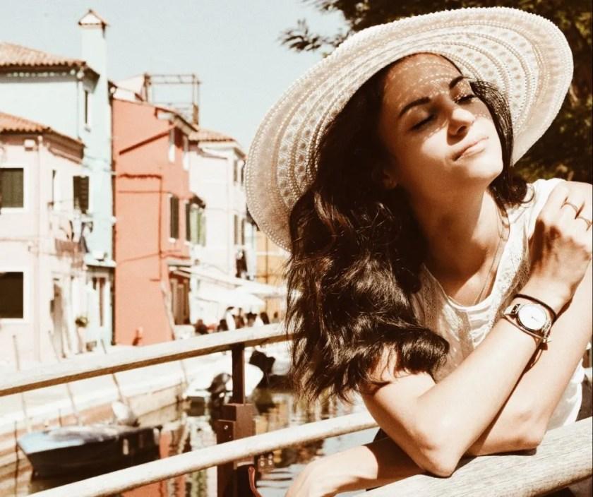 Scorci e Cappello, Lavinia Guglielman a Burano