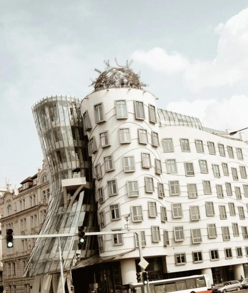 Vista della Casa Danzante a Praga
