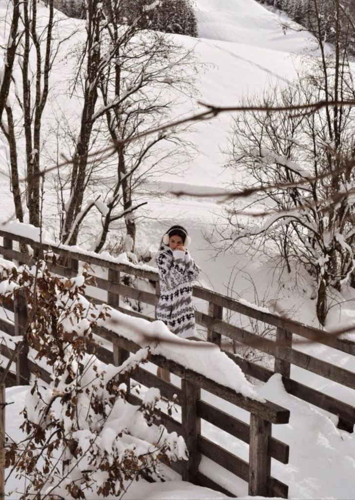 Lavinia guglielman wonderland snow