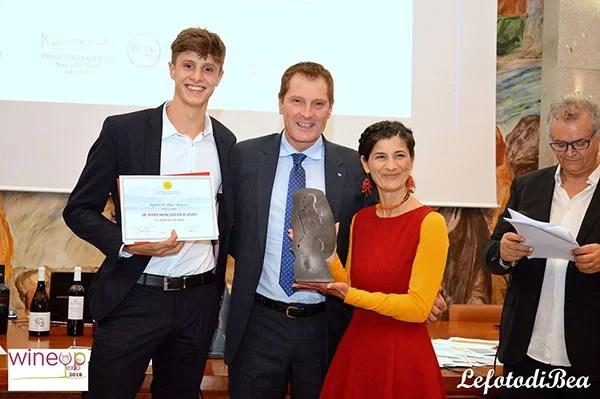 Premiazione dell'azienda De Toma per il Moscato di Scanzo
