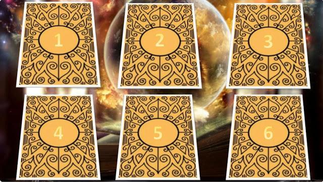 Scegli una carta e ricevi un messaggio dall'universo