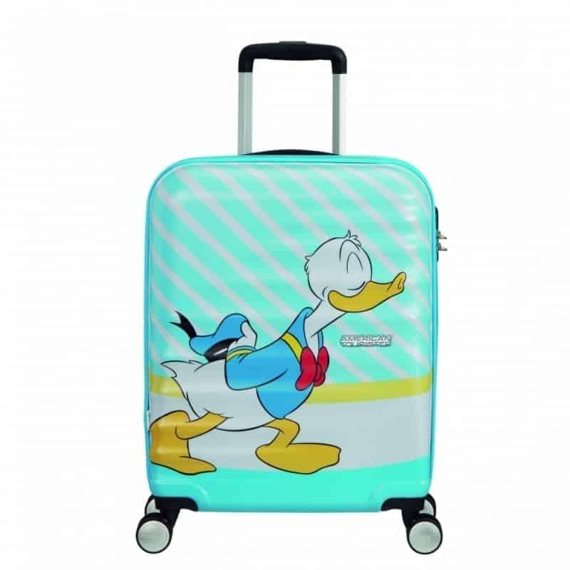 Per San Valentino le nuove valigie di American Tourister celebrano il bacio firmato Disney