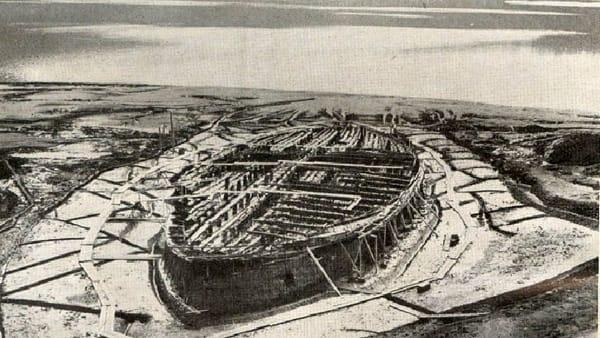 """I segreti del lago di Nemi: """"la nave fantasma"""""""