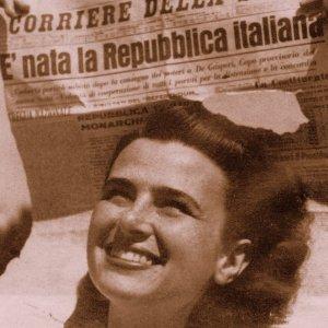 e_nata_la_repubblica_italiana-2