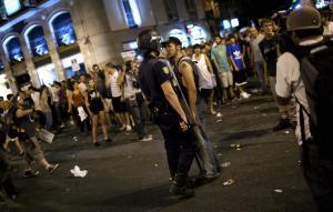 Manifestazioni e arresti per la visita del Papa