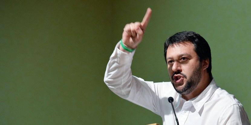 Europee: Salvini, voto a Pd o Fi è la stessa cosa